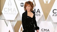 Reba McEntire, Darius Rucker take over as CMA Awards hosts