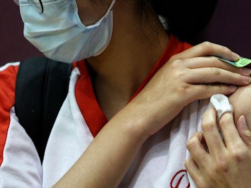 疫苗FAQ|專科醫生拆解長者接種疑慮 心臟病人、食薄血藥亦可打