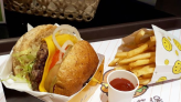 營養滿分的全麥麵包,悅誠廣場裡的「勇者漢堡 The Fingers Hamburger」