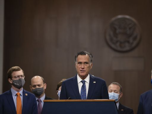 Stimulus update: What the bipartisan senators' $900 billion package does and doesn't include