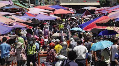 三級警戒降級前最後周日 台北市傳統市場人潮洶湧 - 工商時報
