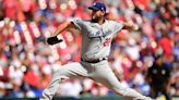 Clayton Kershaw puts on vintage performance in Dodgers' victory over Reds