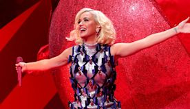 Katy Perry dishes on holiday plans and her goals for the new year