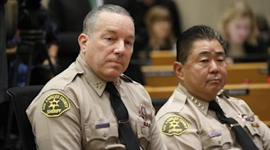 Sheriff rejects finding that top aide used racial slur