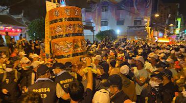 影/大甲媽回鑾彰化再爆數波激烈推擠衝突 清晨進入台中市