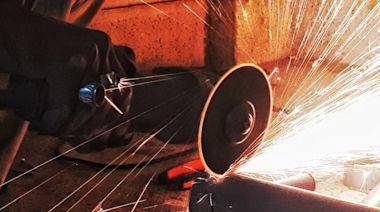 鋼價飆20年新高!專家:鋼鐵股醞釀泡沫中 - 工商時報