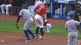 球直擊外野手手套 張育成清壘三壘打