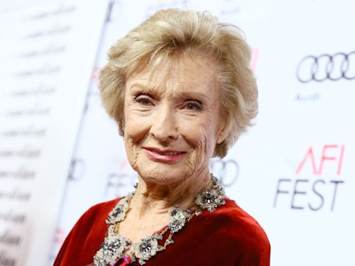 Cloris Leachman, 'Mary Tyler Moore Show' Star And Hollywood Icon, Dies At 94