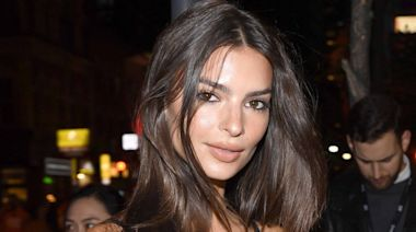 Emily Ratajkowski Poses Nude After Announcing Pregnancy, Reveals She's 20 Weeks Along