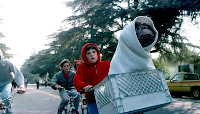 From E.T. 2 to Friday the 13th: 3-D : the Best Movies Never Made