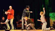 Improvisational theatre