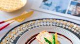 西式主菜?鹽煎脆皮三文魚?伴藜麥雙色荀