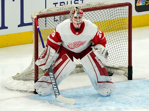 Game thread: Red Wings lose to Blackhawks, 4-1