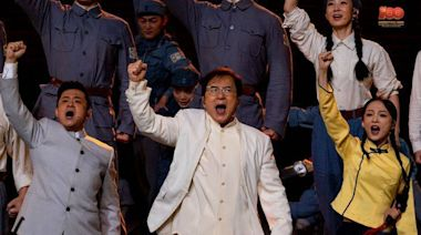 河南鄭州暴雨洪災 中國網友翻出成龍月初高唱「怒吼吧黃河」