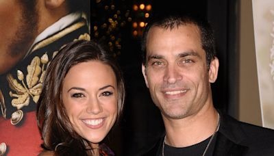 Jana Kramer Says She Was 'Bothered' by Ex Johnathon Schaech Sharing a Photo from Their Wedding