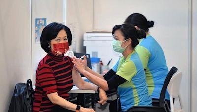 半年前率先打科興疫苗!港議員「體內已驗不到抗體」改混打BNT