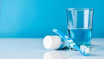 牙刷上有1億多個細菌 該怎麼辦呢?(圖) - - 生活妙博士