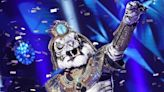 The tiger king's reign ends: Eliminated 'Masked Singer' White Tiger is NFL legend