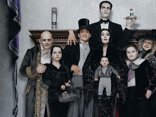 How The Addams Family Values inverts the ideal American household to make for the perfect Halloween movie