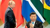 Russia, China Team Up to Peddle Insane U.S. COVID Lab Theory