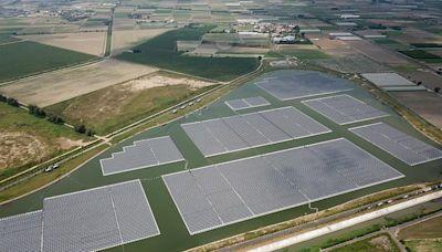 嘉義溪墘滯洪池浮力式太陽光電廠正式啟用