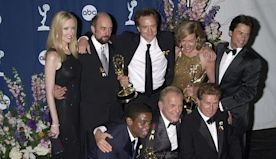 19 Photos From the 2000 Emmys That Will Throw You Back in Time