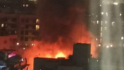 元朗8間鐵皮屋起火 消防救熄無人傷
