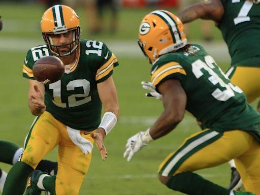 Report: Packers plan to sit Aaron Jones vs. Texans