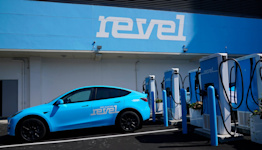 What you need to know about electric vehicles as President Biden, automakers announce EV goals