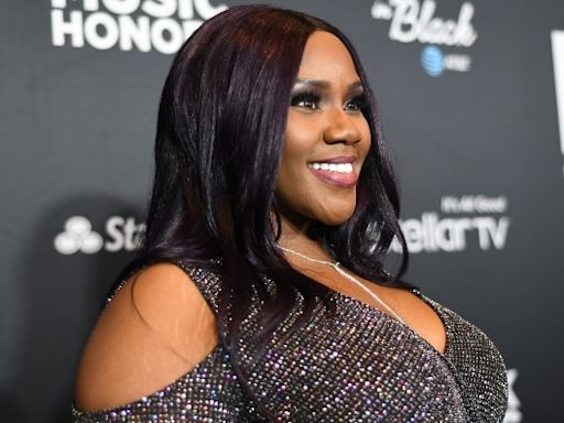 Kelly Price reveals she's in respiratory therapy after COVID-19, pneumonia battle