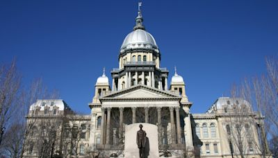 After stalling, Illinois Legislature expects energy deal this summer