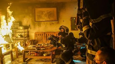 《火神的眼淚》說的不只是打火故事(組圖) - - 影視熱議
