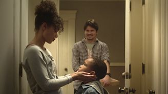 Raising Dion's Jason Ritter and Alisha Wainwright on the Romantic 'Delicate Line' Between a Kid Hero's Grown-Ups
