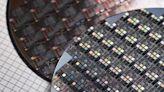 1.4 公分晶片鏈結車廠與半導體,電動車供應鏈起飛
