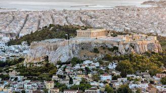 Earthquake hits Athens, Greece