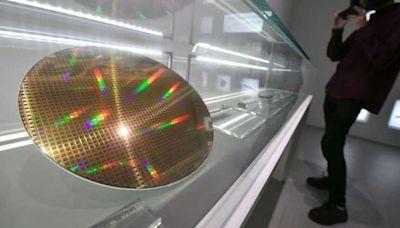 半導體需求強勁 再生晶圓廠產能全滿 明年再擴產迎商機   Anue鉅亨 - 台股新聞