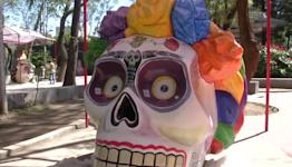 Frida-inspired skulls grace Mexico City