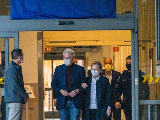 Bill Clinton released from hospital, returns home