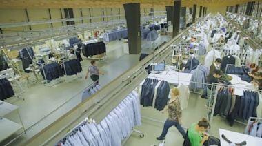 疫情衝擊業績砍半 亞洲最大服裝製造商拚轉型