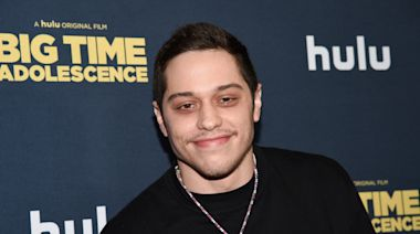 Pete Davidson, Ed Asner, Mia Farrow Set for 'It's a Wonderful Life' Charity Table Read