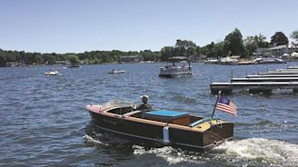 Antique and classic boats take to Conneaut Lake