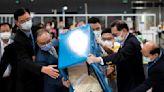 早報:香港選委會選舉,登記選民驟減97%後,投票率增至90%|端傳媒 Initium Media