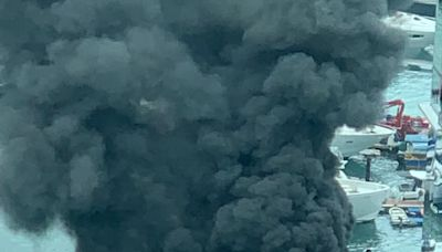 鴨脷洲遊艇起火濃煙沖天 消防救熄無人傷