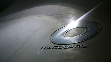 Macquarie Buys Waddell & Reed for $1.7 Billion in U.S. Push