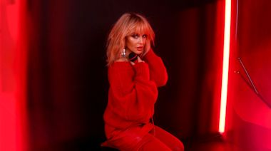 Kylie Minogue Serves Up Uncut Studio 54 Pastiche on New Song 'I Love It'