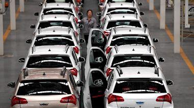 中汽協:4月內地汽車產銷量按月下跌 SUV銷量創同月新高