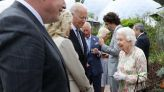 President Biden and the first lady meet Queen Elizabeth II after his first G7 summit - KION546