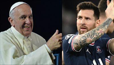 """Papa Francisco elogia a Messi; """"no se te subieron los humos"""""""