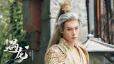 王鶴棣成毅的白髮造型不忍直視,誰能把白髮戴的入神