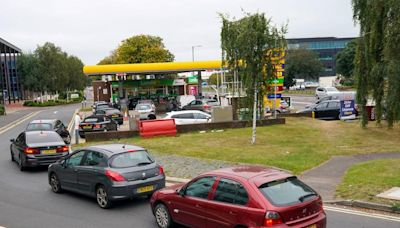 Fuel crisis UK – live: Panic buying leaves third of BP garages empty as ministers suspend competition law
